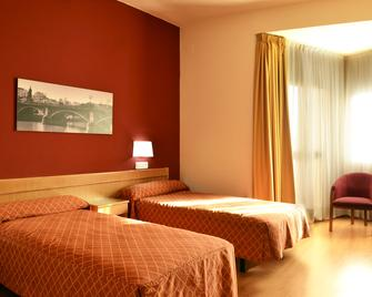 Hotel TRH La Motilla - Dos Hermanas - Schlafzimmer