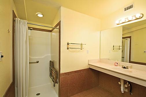 房車渡假村及小屋洛杉磯莊園飯店 - 奧斯汀 - 浴室