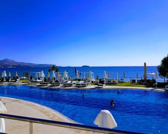 Kiani Beach Resort - Kalyves - Pool