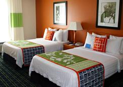 Fairfield Inn & Suites by Marriott Orlando Near Universal Orlando Resort - Orlando - Habitación