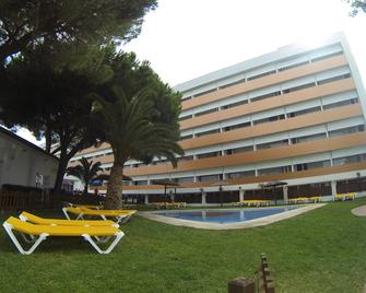 Ohtels Carabela Beach & Golf - Matalascanas - Building