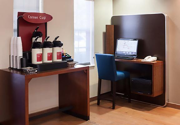 TownePlace Suites by Marriott Dallas Arlington North - Arlington - Comida