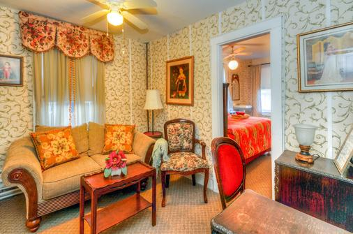 The Lillagaard Bed And Breakfast - Ocean Grove - Living room