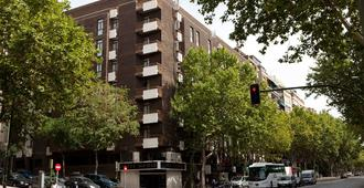 Agumar Hotel - Madrid - Building