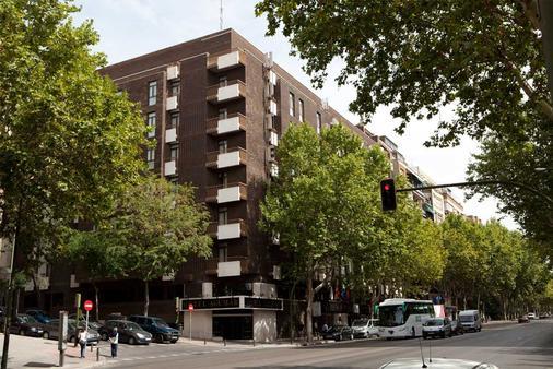 Agumar Hotel - Madrid - Rakennus