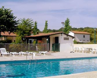 Hotel Arocena - Saint-Pée-sur-Nivelle - Pool