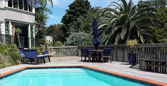 Bluff Hill Bed & Breakfast - Napier - Pool