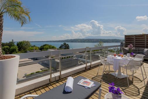 N'vY Manotel - Geneva - Balcony