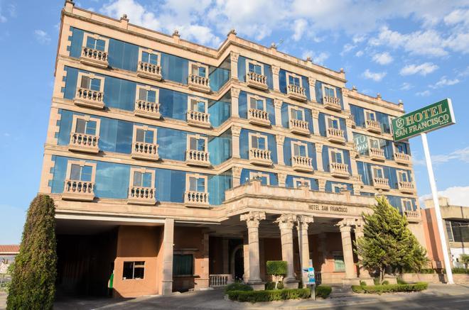Hotel San Francisco Leon - León - Cảnh ngoài trời