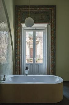 Asmundo di Gisira - Catania - Bathroom