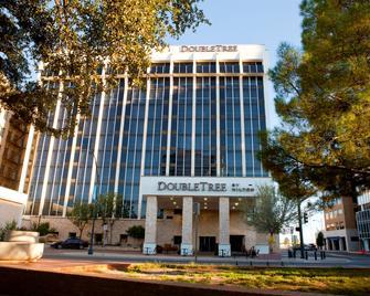 DoubleTree by Hilton Midland Plaza - Мидленд - Здание