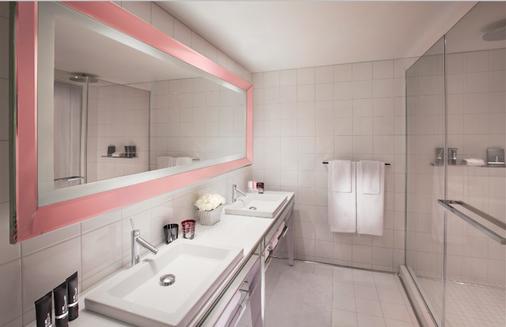 SAHARA Las Vegas - Las Vegas - Bathroom
