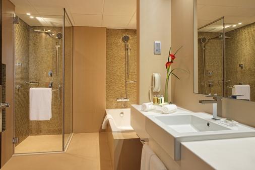 Cosmopolitan Hotel - Dubai - Phòng tắm