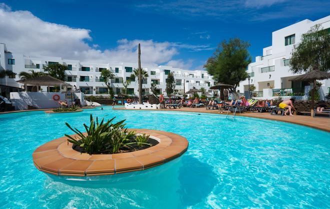 Galeon Playa - Costa Teguise - Pool