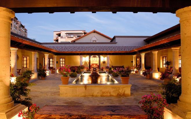 Pueblo Bonito Sunset Beach Resort & Spa - Cabo San Lucas - Building