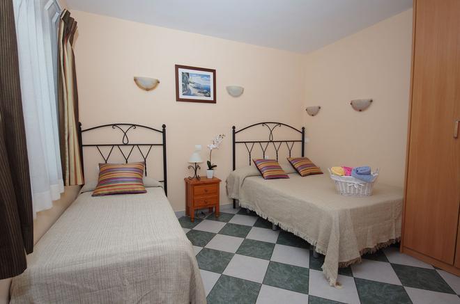 阿杜阿爾旅館 - 馬貝雅 - 馬貝拉 - 臥室