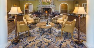 The White Mountain Hotel & Resort - נורת' קונווי - לובי