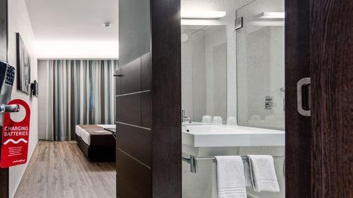 Moov Hotel Porto Centro - Porto - Makuuhuone