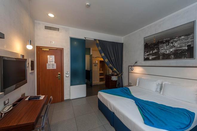 加州酒店 - 羅馬 - 羅馬 - 臥室
