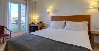Hotel Ultonia - גירונה