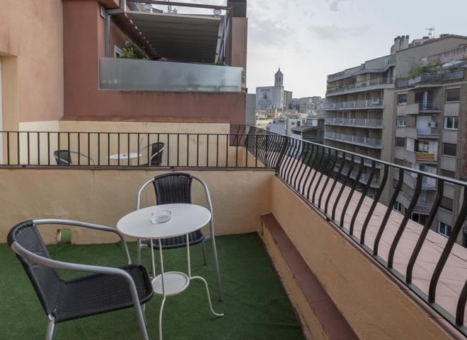 Hotel Ultonia - Girona - Βεράντα