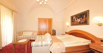 Hotel Goldener Brunnen - Klagenfurt - Chambre