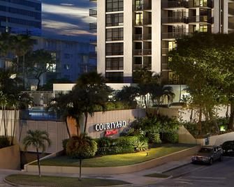 Courtyard by Marriott Miami Coconut Grove - Miami - Building