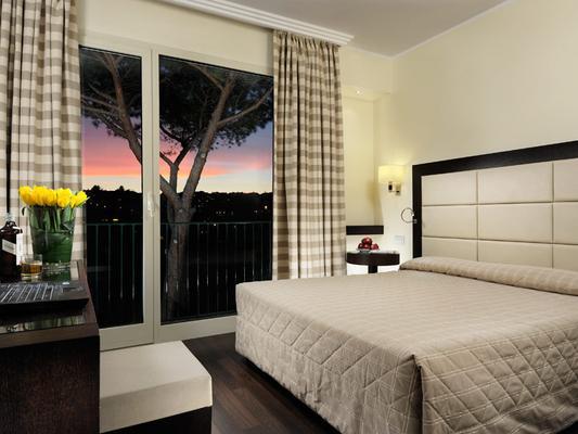 瑪麗亞雷吉別墅酒店 - 羅馬 - 羅馬 - 臥室