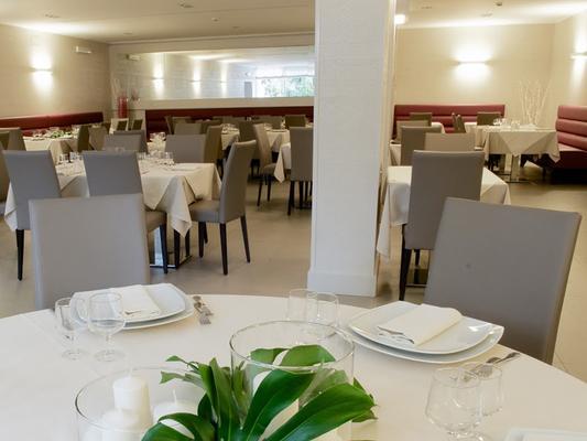 瑪麗亞雷吉別墅酒店 - 羅馬 - 羅馬 - 餐廳