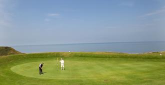 The White House Inn - Whitby - Whitby - Golf course