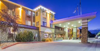 Comfort Inn & Suites Durango - Durango - Gebouw