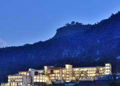 JW Marriott Mussoorie Walnut Grove Resort & Spa - Mussoorie