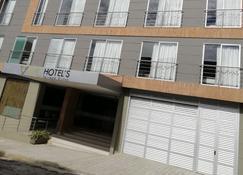 Vvc Hotels - Villavicencio - Building