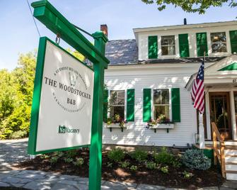 The Woodstocker B&B - Woodstock - Building