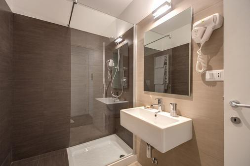 Residenza Bourbon - Rooma - Kylpyhuone