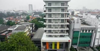 Amaris Hotel Fachrudin - Tanah Abang - Jakarta - Gebäude