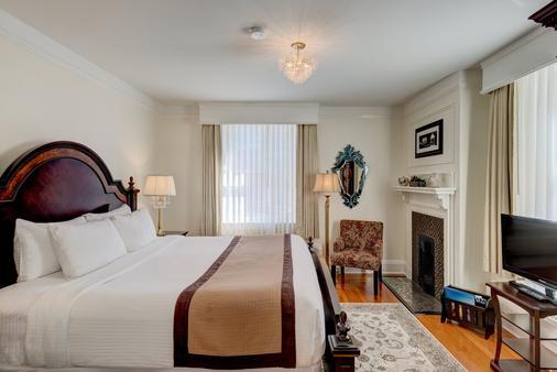 The Union Club of British Columbia - Victoria - Bedroom