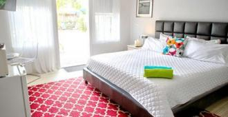 Las Olas Guesthouse at 15th Avenue - Fort Lauderdale - Bedroom