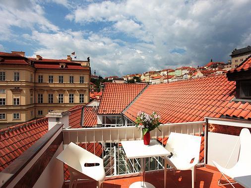 Vintage Design Hotel Sax - Prague - Balcony