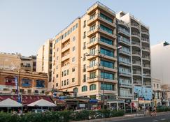 Pebbles Boutique Aparthotel - Sliema - Gebäude