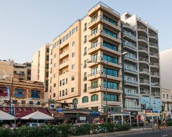 Pebbles Boutique Aparthotel - Sliema - Building