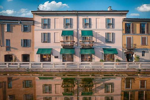 Maison Borella - Milan - Toà nhà
