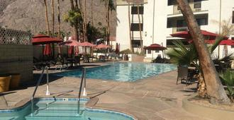 Quality Inn Palm Springs Downtown - Palm Springs - Κτίριο