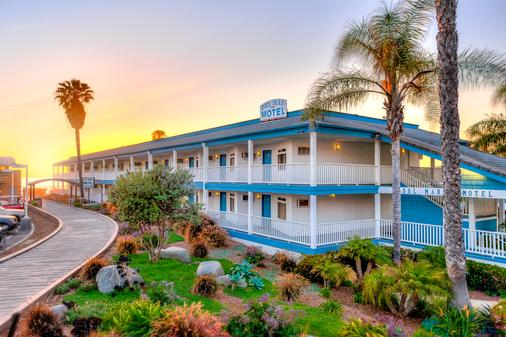 Del Mar Motel on the Beach - Del Mar - Building