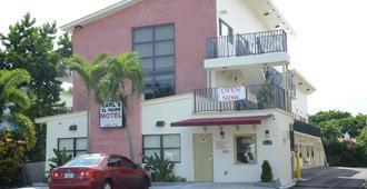 Carl's El Padre Motel - Майами - Здание