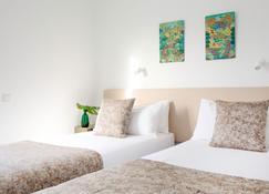 El Guarapo Apartamentos - Costa Teguise - Bedroom