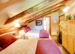 Historic Tamarack Lodge & Cabins - Martin City - Kamar Tidur