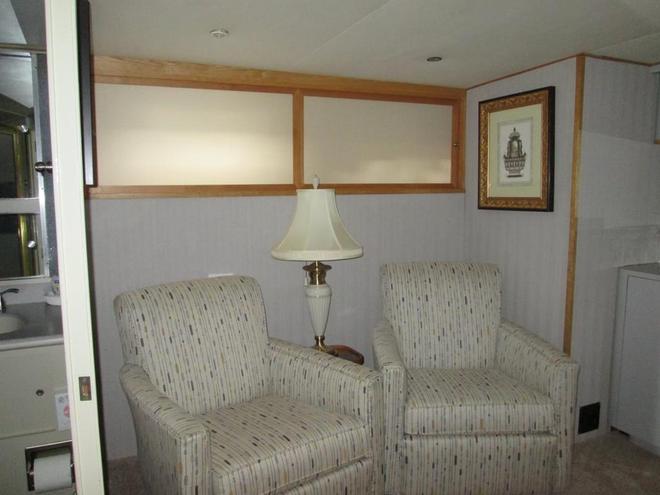 Ocean Romance Dockside Bed & Breakfast Yacht - Newport - Wohnzimmer