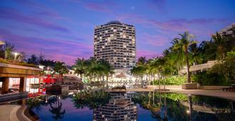 Novotel Hua Hin Cha-Am Beach Resort & Spa - Cha-am - Building