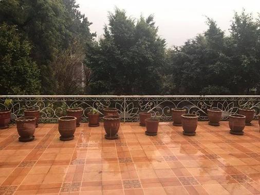 Pyramid international Guests House - Islamabad - Balcony